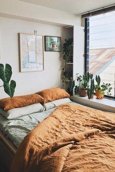Room Design Bedroom, Room Ideas Bedroom, Home Bedroom, Bedroom Decor, Calm Bedroom, Master Bedroom, Bedrooms, Apartment Living, Bedroom Apartment