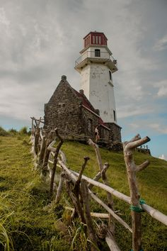 Tayid Lighthouse in Batanes Beautiful Islands, Beautiful Beaches, Places To Travel, Travel Destinations, Batanes, Boulder Beach, Crashing Waves, Philippines Travel, Travel Aesthetic