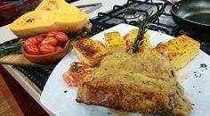 Gran bife de chorizo con costra de ajo y budín de calabaza