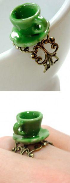 Tea cup ring