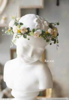 2014.8.3 ミニダリアとグリーンのナチュラル花冠とリストレット : Ro:zic die floristin