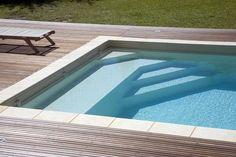 Piscine à fond plat 9m*4m avec volet immergé - Modèle Comores - - - Pisciniste Toulouse - INNOVATION PISCINES