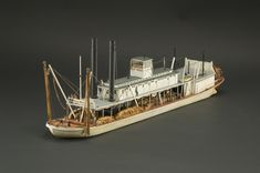Ship Model, River Steamboat Far West Missouri River, Ohio River, Tiny Mobile House, Wooden Model Boats, Model Ship Building, Model Boat Plans, Steam Boats, Paddle Boat, Le Far West