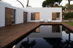 lovely flair, and great spaces  Casa no Banzão ll / Frederico Valsassina Arquitectos
