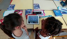 """Numérique à l'école: """"Les digital natives doivent développer leur sens critique"""" [REUTERS/Eric Gaillard]"""