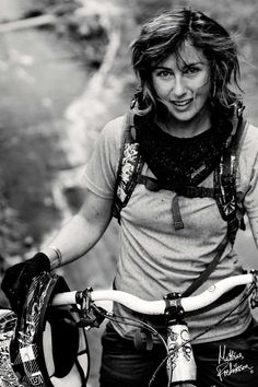 I want to be the cool downhill mtb chick