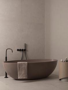 Bad Inspiration, Bathroom Inspiration, Bathroom Styling, Bathroom Interior Design, Tadelakt, Minimalist Bathroom, Dream Home Design, Cuisines Design, House Rooms