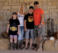 Shawn Michaels, his wife Rebecca Curci-Hickenbottom (Whisper), their son Cameron, & their daughter Cheyenne