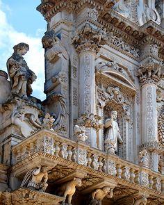 Items similar to Photographie d'Art photographie - Architecture ornée détail - voyage de Lecce, Pouilles, Italie - Wall Art Home Décor - Eglise italienne baroque on Etsy