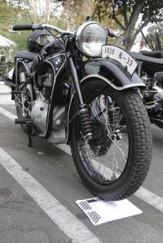 http://motorcyclephotooftheday.files.wordpress.com/2014/02/dsc_0070.jpg