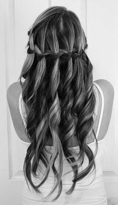 This waterfall braid is gorgeous with the spiral curls. Abs would look so good with this and her naturally curly hair! :)