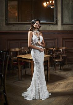 Courtesy of Maison Signore Wedding Dresses Excellence Collection; www.maisonsignore.it Elegant Wedding Gowns, Luxury Wedding Dress, Classic Wedding Dress, Glamorous Wedding, White Wedding Dresses, Chic Wedding, 1920s Wedding, Informal Weddings, Wedding Fabric