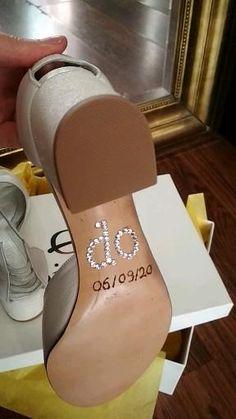 """Χειροποίητα, customized sandals σε ιβουαρ Δέρμα με τακούνι glitter και σόλα με χαραγμένη την ημερομηνία γάμου και """"i do"""" από πέτρες Swarovski Flats, Sandals, Wedding Shoes, Swarovski, Fashion, Loafers & Slip Ons, Bhs Wedding Shoes, Moda, Shoes Sandals"""