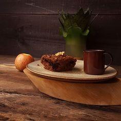 🎶🎶Conhecer as manhas e as manhãs, o sabor das massas e das maçãs🎶🎶 Bom dia e uma maravilhosa semana!  #bolo #feitopormim #cake #cozinhadeverdade #bolobh #igersbolo #igerscake #tv_stilllife  #amantesdebolo #cozinharéumatorevolucionário #feitocomamor #feitocomcarinho #feitoemcasa #cookmagazine #maçã #bhcool #foodfotography  #foodstyling #pormaisdiascombolo #instacake #ficavaiterbolo #f52grams #bhdicas #crazyforflowers #casaecomida #porqueavidaficamelhorcombolo #pormaisdiascombolo #slowlife…