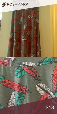 LuLaRoe Maxi XXS Worn twice and washed per LLR guidelines LuLaRoe Skirts Maxi