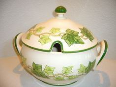 The holy grail of Franciscan Ivy collectables Franciscan Ware, Tin Art, Ivy House, Desert Rose, Vintage Dishes, Tea Sets, China Cabinet, Holi, Cottage