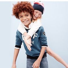 What's new at @abercrombiekids ⬅️?! Amazing new line out! 🙌 Featuring the talented @officialjaylinfletcher and @adventureswithavenlie