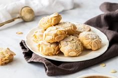 These delicious Almond Cookies are both Gluten and Dairy Free. They contain just 5 ingredients! They are crunchy, chewy, and easily made in 30 minutes. Gluten Free Almond Cookies, Italian Almond Cookies, Almond Cakes, Gluten Free Baking, Gluten Free Desserts, Almond Bread, Almond Butter, Vegan Desserts, Peanut Butter