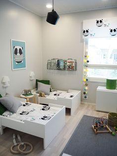 Tässäpä teille nyt heti tuoreeltaan näitä kuvia asuntomessujen lastenhuoneista. Monta muutakin lastenhuonetta on vielä näiden kuvien lisäksi...