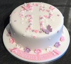 Pink and lilac crucifix christening cake - Kommunion - Baby Girl Christening Cake, Girl Baptism Cakes, Comunion Cakes, First Holy Communion Cake, Confirmation Cakes, Girl Cakes, Savoury Cake, House Party, Eat Cake