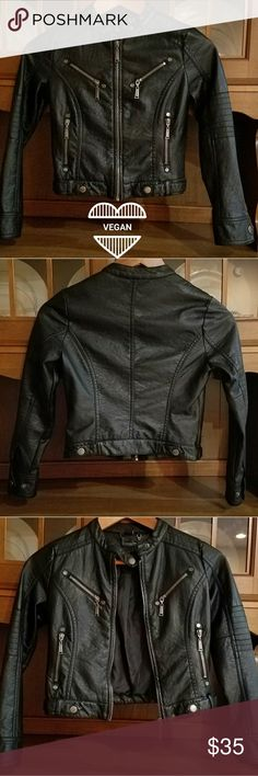 Flash Friday! Jou Jou Leather Moto Jacket NWOT Jou Jou little girls size M vegan leather moto jacket in black w/ gunmetal zippers & buttons Jou Jou Jackets & Coats
