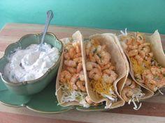 Citrus Shrimp Tacos with Southwest Cream Sauce Citrus Shrimp Tacos mit Südwest-Sahnesauce Homemade Enchilada Sauce, Homemade Enchiladas, Shrimp Tacos, Seafood Recipes, Mexican Food Recipes, Ethnic Recipes, Healthy Eating Recipes, Low Carb Recipes, Yummy Recipes
