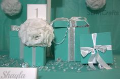 8x8 Bling Gift Box Centerpiece With Ribbon