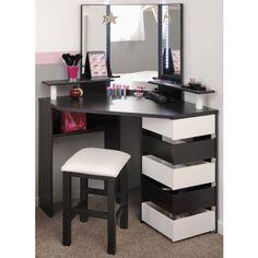 I've been spotting some fantastic DIY vanity mirror recently. Here are 17 ideas of DIY vanity mirror to beautify your room Vanity Desk, Diy Vanity, Mirror Vanity, Corner Vanity, Mirror Set, Vanity Tables, Mirror Ideas, Decor Room, Bedroom Decor