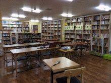 언니네 작은 도서관 여성과 아동이 안전한 마을을 만들고자 노력해 온 서울여성회 부설 '언니네 도서관'은 시끌벅적 책 놀이터이자, 동네 사랑방으로 주민들의 모임과 활동이 지속적으로 유지될 수 있는 커뮤니티 공간이며 책을 매개로 하는 다양한 프로그램과 아동청소년 독서체험 프로그램이 상시 열리는 곳이다.
