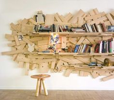 Inspired by the ad-hoc ScrapHack designs of Rio´s Favelas, they Campana brothers created this spectacular, sculptural bookshelf from reclaimed pieces of scrap wood. Creative Bookshelves, Bookshelf Design, Into The Woods, Deco Design, Wood Design, Diy Furniture, Furniture Design, Deco Originale, Wood Shelves
