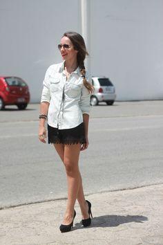 look camisa jeans com ponteira de metal e shorts seda - pump via uno3