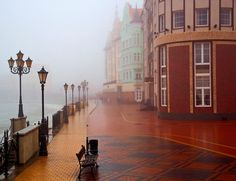 Beautiful mist in Kaliningrad : pics World Largest Country, Tim Beta, Largest Countries, Baltic Sea, Boat Building, Eastern Europe, Old Photos, The Good Place, Beautiful Places