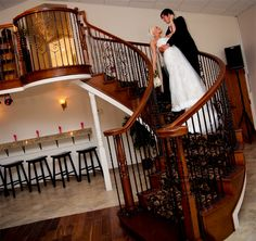 Creekside Chapel & Gardens is a beautiful wedding venue located in Edmond, Oklahoma