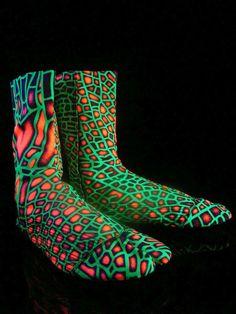"Schwarzlicht Neon Style Ninja Tabi Boots Stiefel ""Acid Reptile""  #blacklight #schwarzlicht #spacetribe #boots #shoes #psy"