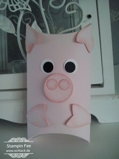 stampin sylvester 2016 happy new year pillow box Luck Pig Silvester Glücks- Schwein Treat Holder, Card Holder, Pillow Box, Diy And Crafts, Paper Crafts, Favor Boxes, Gift Boxes, Craft Box, Kids Cards