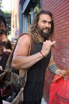"""Jason Momoa, el actor que interpreta a Khal Drogo, en la serie de televisión, """"Juego de Tronos, pasa unos días en España"""
