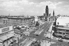 Verkehrskanzel am Joachimstaler Platz (Kurfürstendamm /Ecke Joachimstaler Straße im Ortsteil Charlottenburg), ca 1961