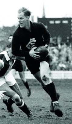 Ken Hands - 211 matches Australian Football League, National Football League, Carlton Afl, Carlton Football Club, Football Hall Of Fame, Go Blue, Rugby, 1970s, Legends