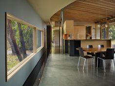 The Suncrest Residence par le studio Heliotrope Architects