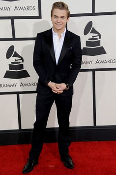 Hunter Hayes in Tom Ford. All is right with the world.