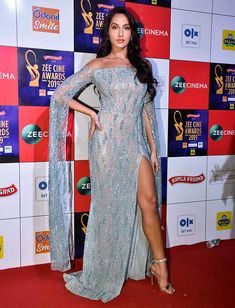 who looks best! Stars dazzle at the Zee Cine Awards Indian Bollywood Actress, Indian Actresses, Most Beautiful Indian Actress, Most Beautiful Women, Nora Lovely, Katrina Kaif Hot Pics, Deepika Padukone Hot, Indian Actress Images, Beauty Full Girl