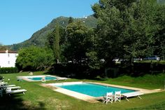 Apartment in Camaiore, Italy. This lux. apt is only 15mins from the beach & close to Florence, Pisa & Lucca. The apt can accommodate up to 8 & forms part of an exclusive gated community with onsite restaurant, pools and landscaped parkland. Ideal for families or reunions.  Thi...