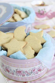 La receta perfecta de galletas de mantequilla y vainilla. Con todos los trucos y consejos para que te salga a la primera.