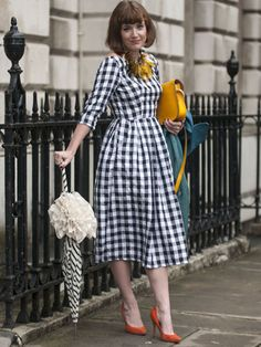 Tara Scott at LFW SS14. Retro inspired street style.