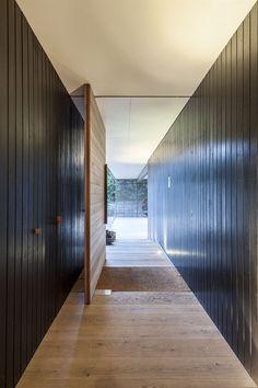 Love this pivot door. Love love love.   Fingal Residence