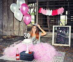 30th Smash Cake & Champagne Pretty in Pink, Happy Birthday www.CakePhotography.net