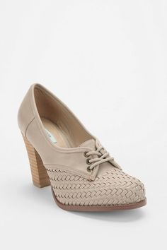 oxfords- urban outfitters