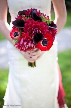 red bouquet wedding