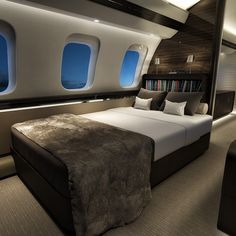 interview with timothy fagan, designer at bombardier business aviation - Aircraft design Luxury Jets, Luxury Private Jets, Private Plane, Luxury Yachts, Luxury Shop, Private Jet Interior, Aircraft Interiors, Interview, Aircraft Design