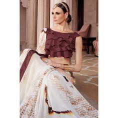 Prix le plus bas de saree, blanc avec des saris indiens festival georgette brun, dans la boutique. Andaaz mode apporte la dernière collection de vêtements ethniques de créateurs en FR